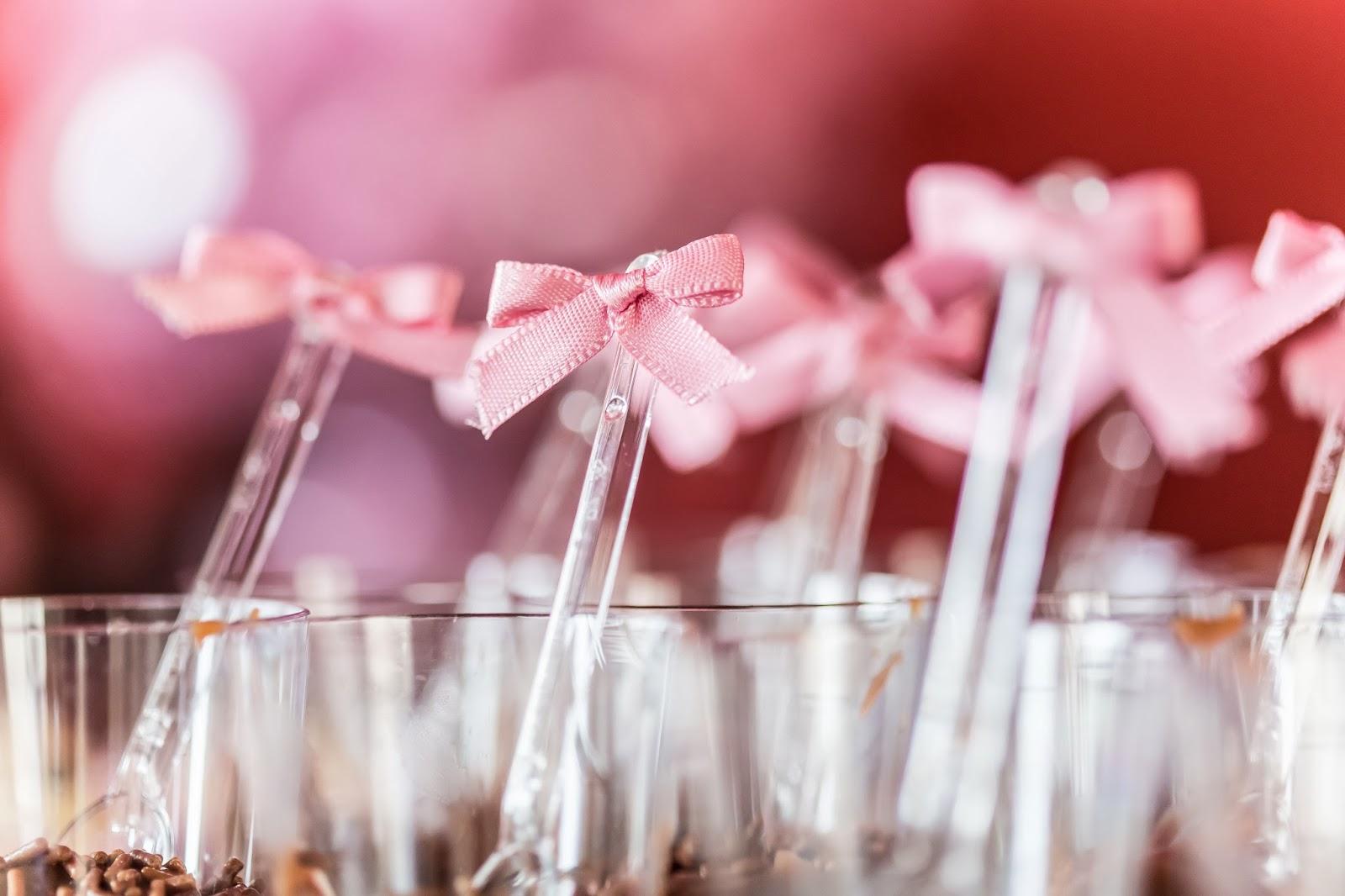 chá - chá de panela - chá rosa marrom - paleta rosa marrom - guloseimas - copo brigadeiro - mesa doces