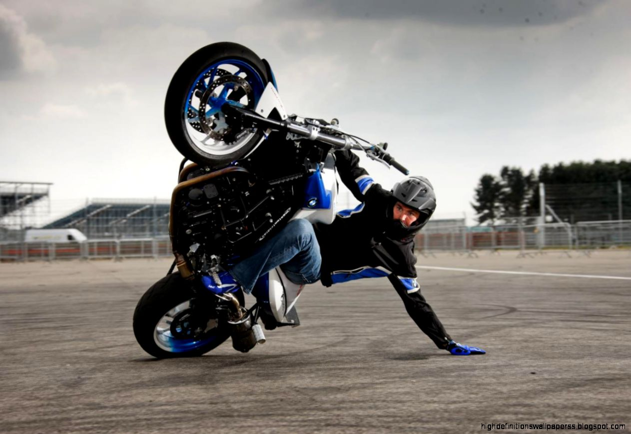 Blue Bike Stunt Hd Wallpaper: Awesome Bike Stunt Wallpapers Hd