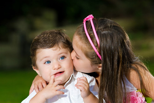 Hd Wallpapers Free Baby Couple Kissing High Resolution Hd