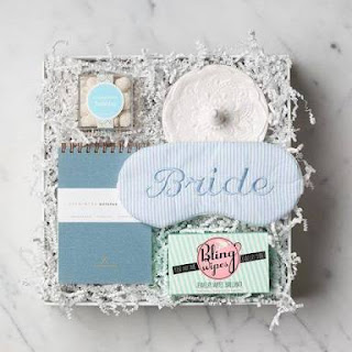 standout bridal shower party gifts basket bags detail