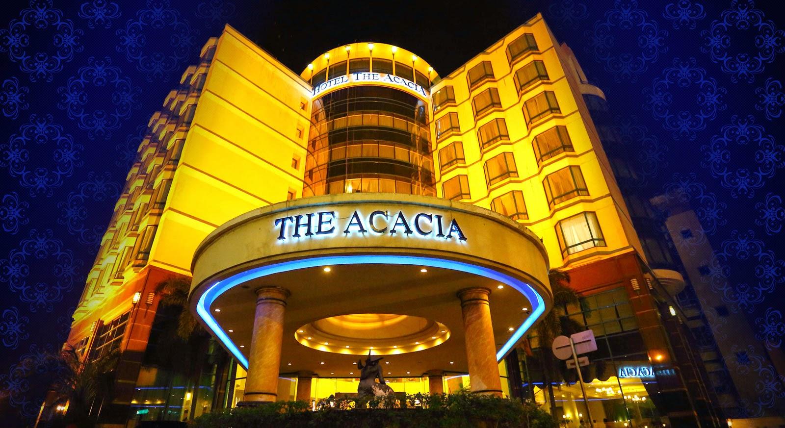 Bermalam di Hotel Acacia Jakarta