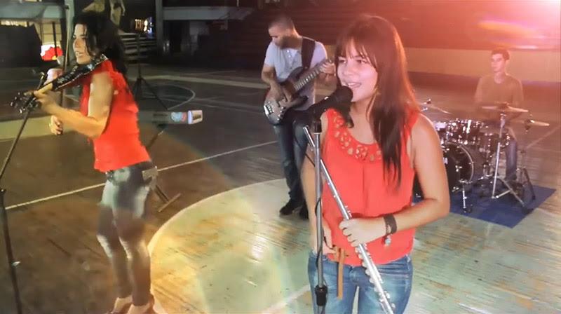 Tanmy y Pura cepa - ¨Buenos amigos¨ - Videoclip - Dirección: Marcos Louit - Alejandro Ramírez. Portal Del Vídeo Clip Cubano - 09