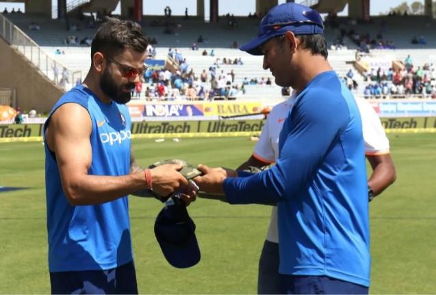 क्यों खेल रहे हैं भारतीय खिलाड़ी यह फौजी टोपी पहनकर, जानें क्लिक करके अभी