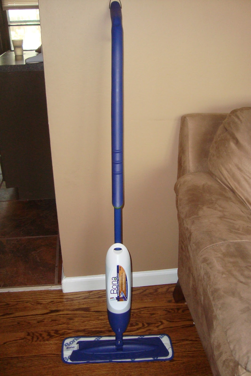 Trying To Go Green Bona Hardwood Floor Mop Review Amp Giveaway
