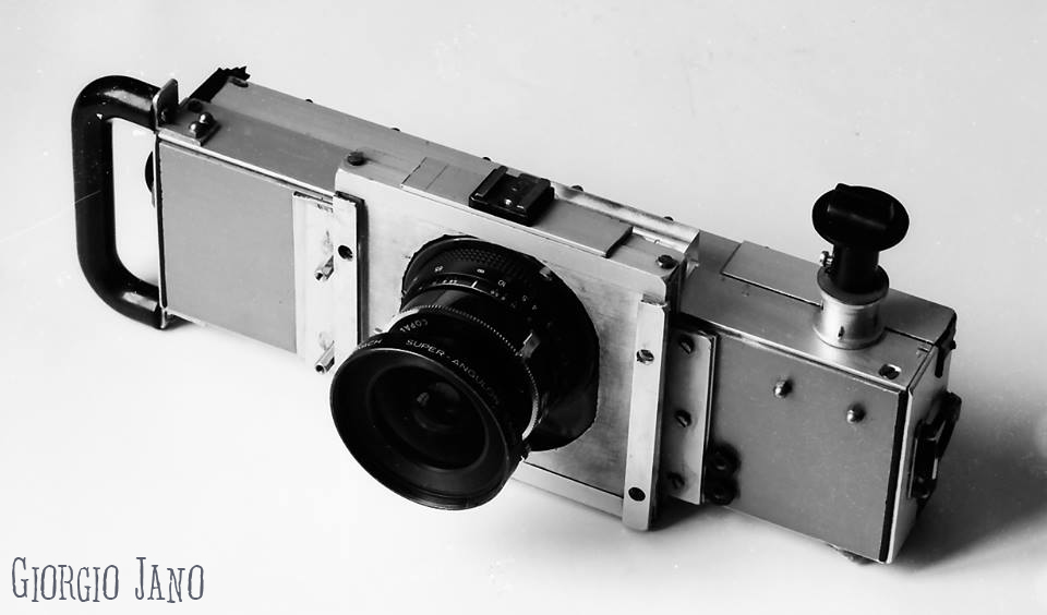 Janus fotocamera panoramica per pellicola 70mm autocostruita da Giorgio Jano