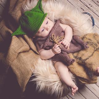Loom Knit Alien Hat & Robe