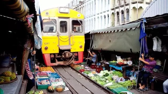 2. Pasar Maeklong Railway Station - Thailand