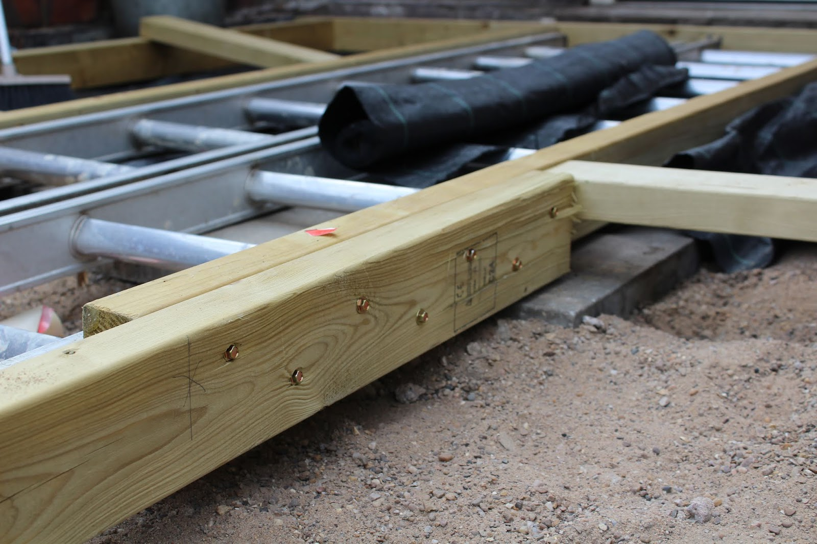 Joining timbers of decking