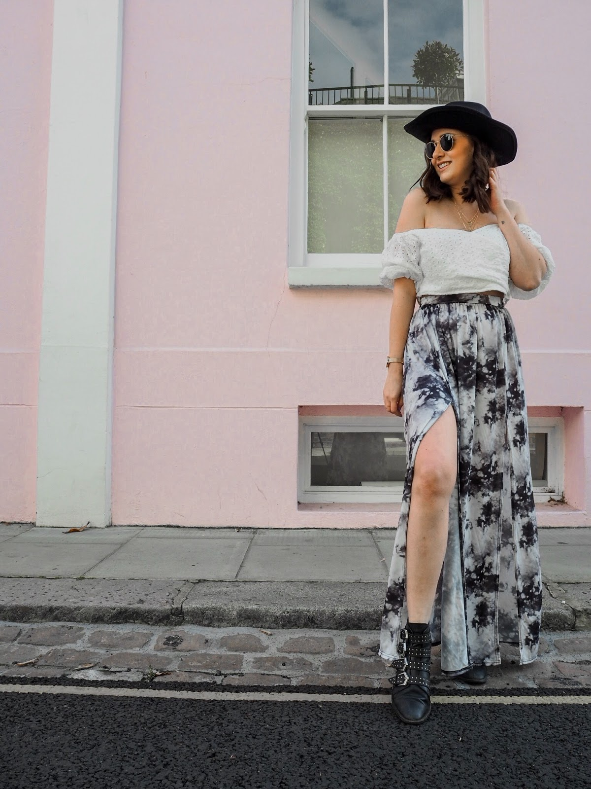 What To Wear To A Festival // Festival Fashion Style Outfit Idea's // Pretty Little Thing / Lauren Rose Style Blogger