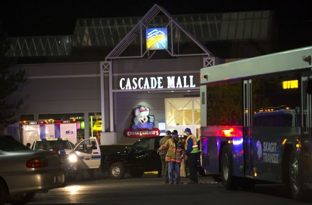 Washington state mall shooting: Police hunt gunman after five killed