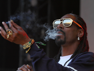 Larry Elder:  AUDI And Snoop Dogg Crash The SuperBowl