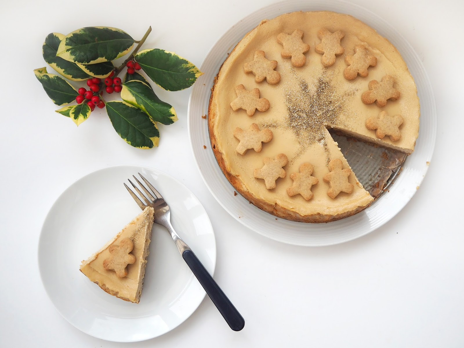 Gingerbread Cheesecake Recipe, Katie Kirk Loves, Food Blogger, Christmas Dessert, Christmas Food, Christmas Recipe, Gingerbread Recipe, Baked Cheekcake Recipe UK Blogger, UK Food Blogger