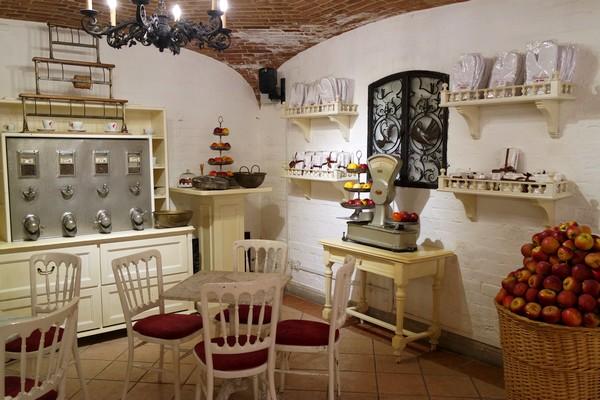 vienne schönbrunn schloss château café residenz strudelshow apfelstrudel