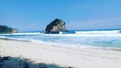 Pantai Ngudel Indah