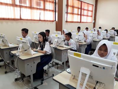 Prediksi UN Bahasa Indonesia Tahun 2018 Lengkap dengan Kunci jawaban (Bag.3)