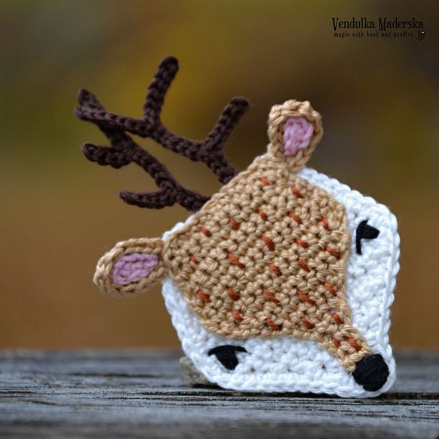 Crochet deer applique by VendulkaM