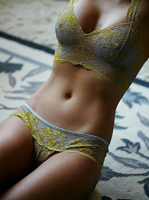 Golden printed bra and panty