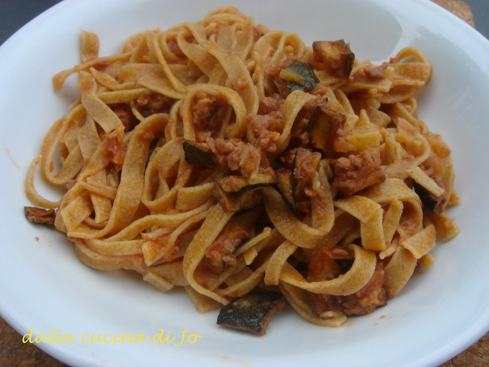 Popolare dalla cucina di Jo'': Tagliatelle di farro con ragù di carne e  MM61