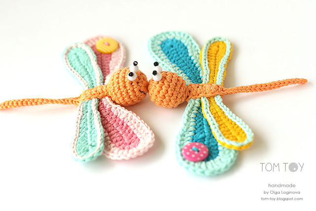 Handmade crochet applique - dragonfly love kiss