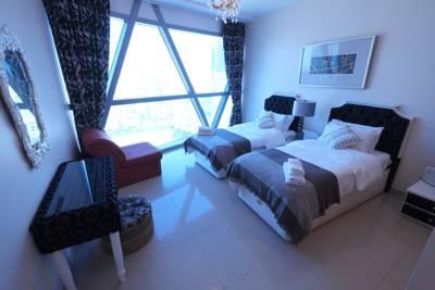شقق Luxury Three Bedroom Apartment