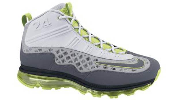Here a look at the Nike Air Max Jr.