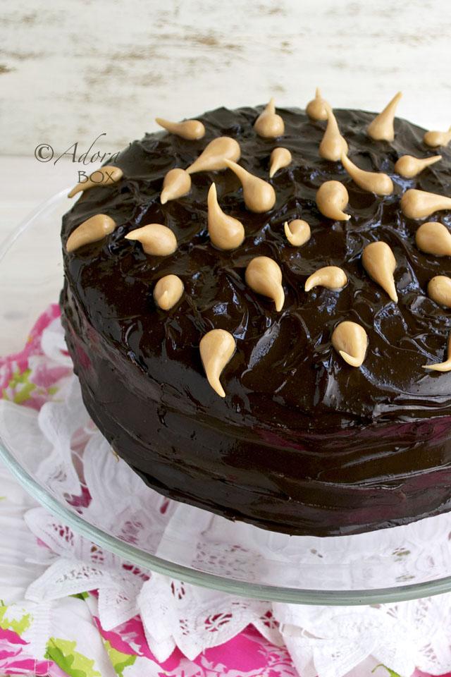 Natilla Filled Chocolate Cake