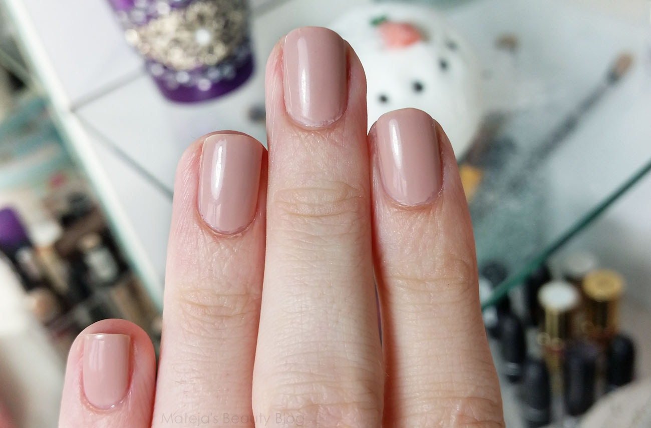Deborah Smalto Gel Effect - Mateja\'s Beauty Blog