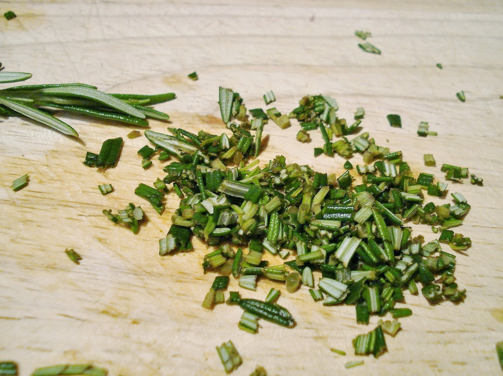 how to use rosemary leaves