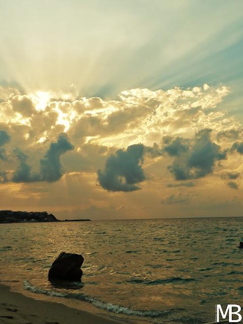 tramonto sulla spiaggia briatico calabria