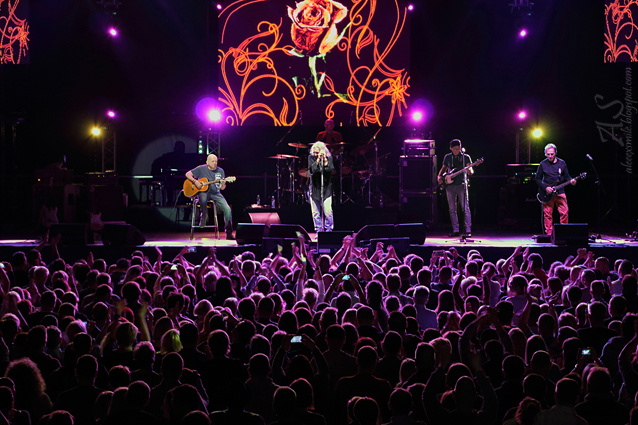 Relacja z koncertu zespołu Perfect - 35 lecie - reportaż, fotorelacja, sprawozdanie, zdjęcia