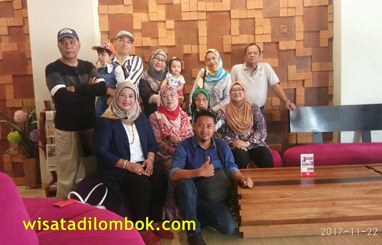 Menunjungi beberapa Pusat Oleh - Oleh Sebelum ke Airport Lombok