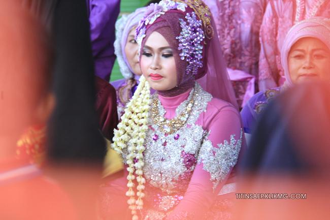 Foto Begalan Pada Resepsi Pernikahan Titin & Saep || Foto Oleh : Klikmg.com Fotografer Pernikahan Purwokerto