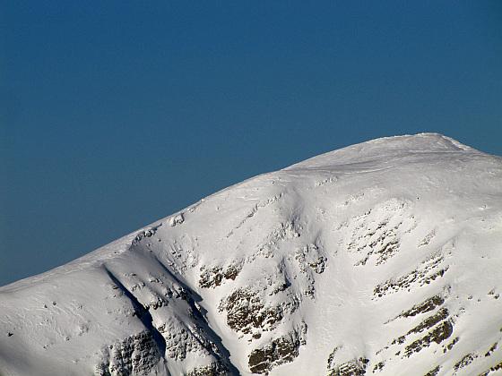 Krzesanica (słow. Kresanica, 2122 m n.p.m.) – najwyższy szczyt zespołu Czerwonych Wierchów.