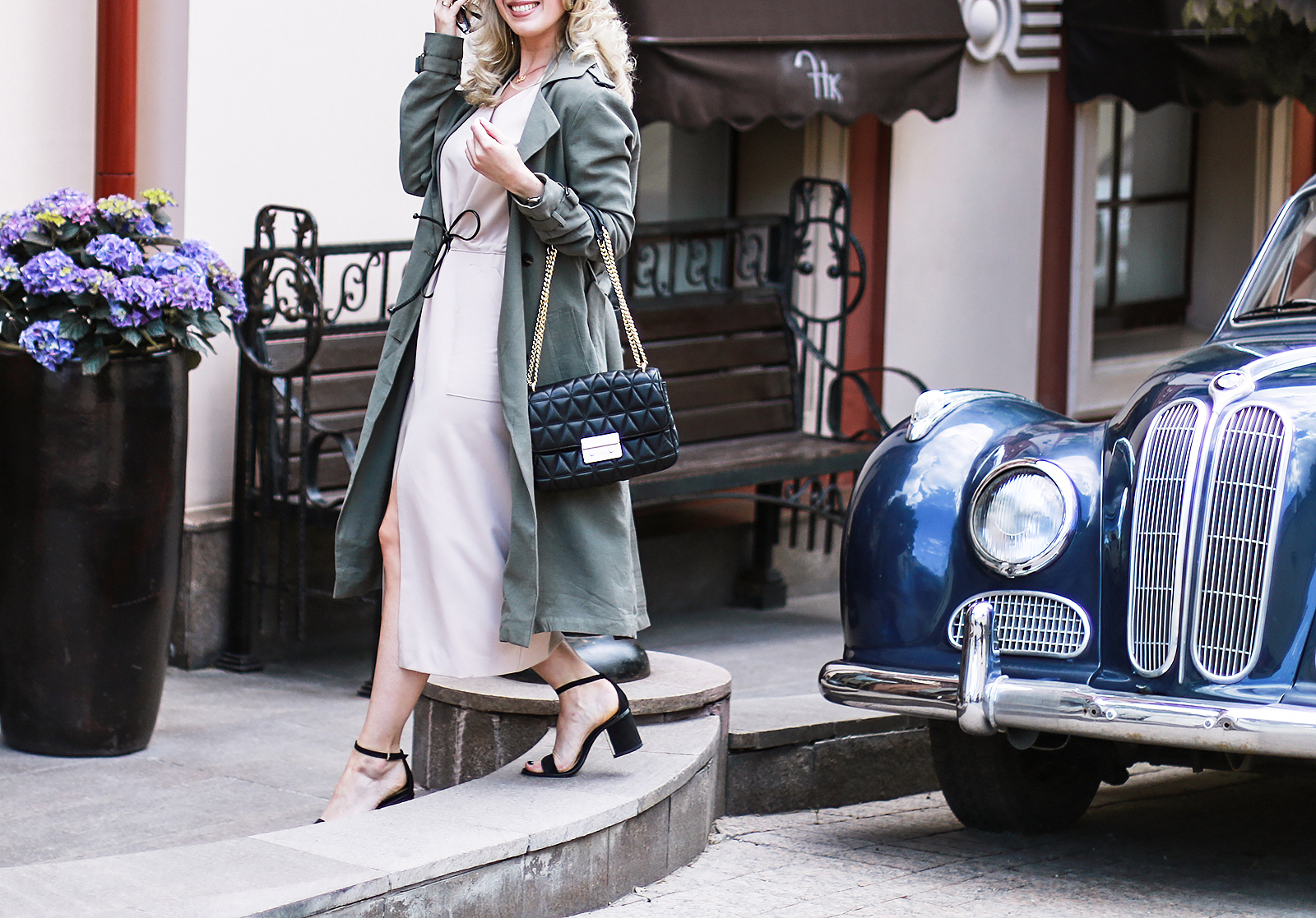 rita_maslova_ritalifestyle_trendsbrands_dress_trenchcoat_MK_bag_