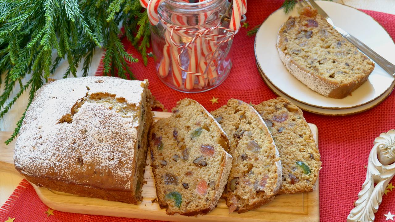Cake de Noêl aux Fruits confits et aux Noix