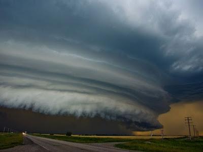 Perbedaan Meteorologi dan Klimatologi