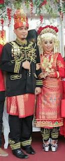 lisa dan suami