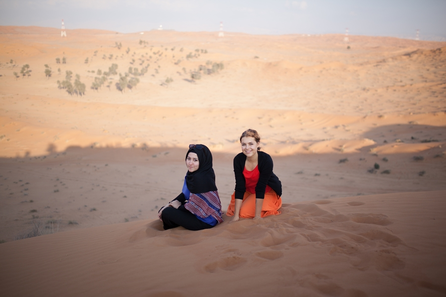 esra jasmin photo sand desert safari dubai