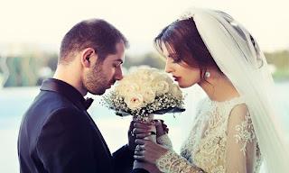 صورة عن الحب: عروسين جمعهما الحب