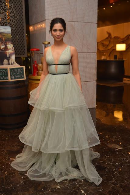 Tamanna hot HD Stills at South Scope Life Style Awards 2016