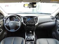 Mitsubishi L200 Instyle - wnętrze