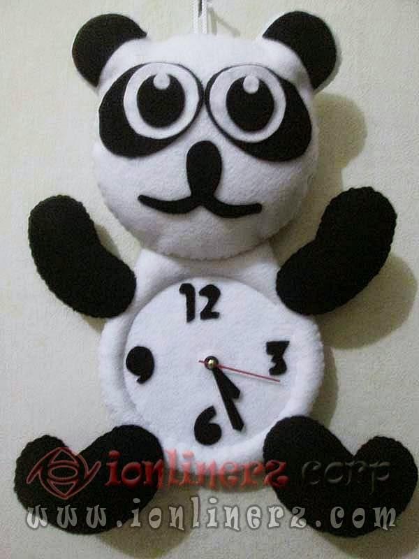 Jam Dinding Flanel Karakter Boneka Kartun Panda