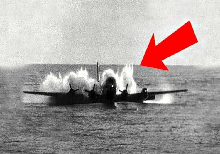 Boeing B-47 Stratojet hızla irtifa kaybediyordu, suya çakılmasına saniyeler kalmıştı.