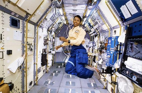 Mae Jemison, a primeira mulher negra a ir para o Espaço