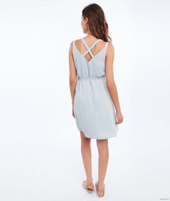Vestidos con Escote en la Espalda Cortos