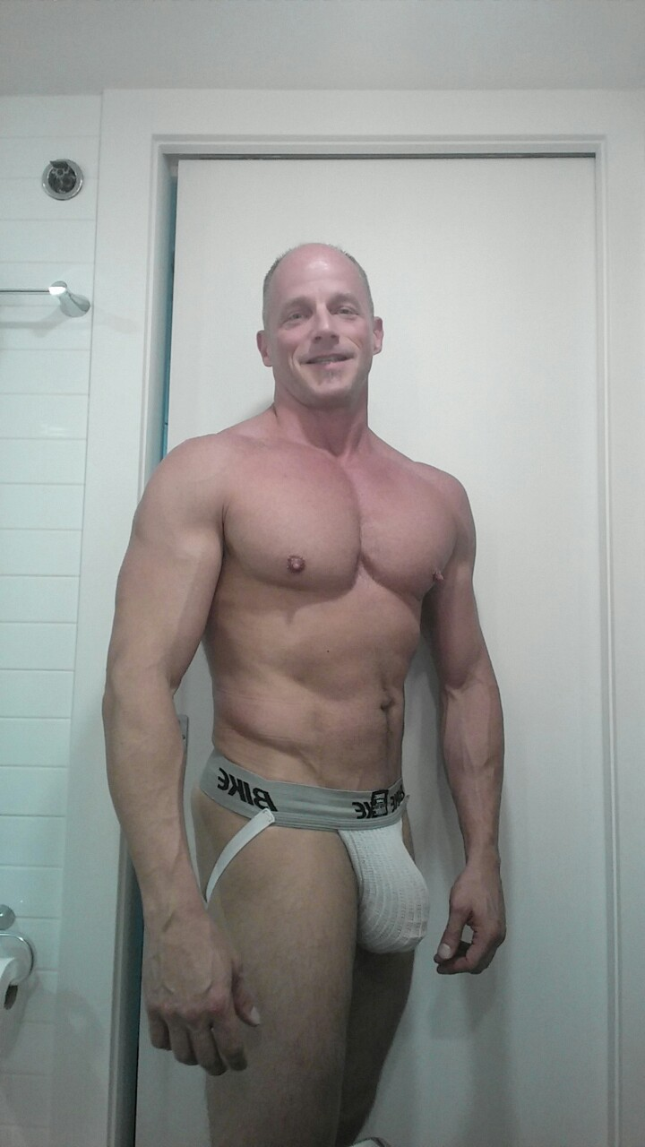 muscle dilf