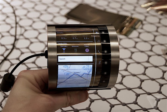 Flexible LCD Screen Unveiled At MWC 2016