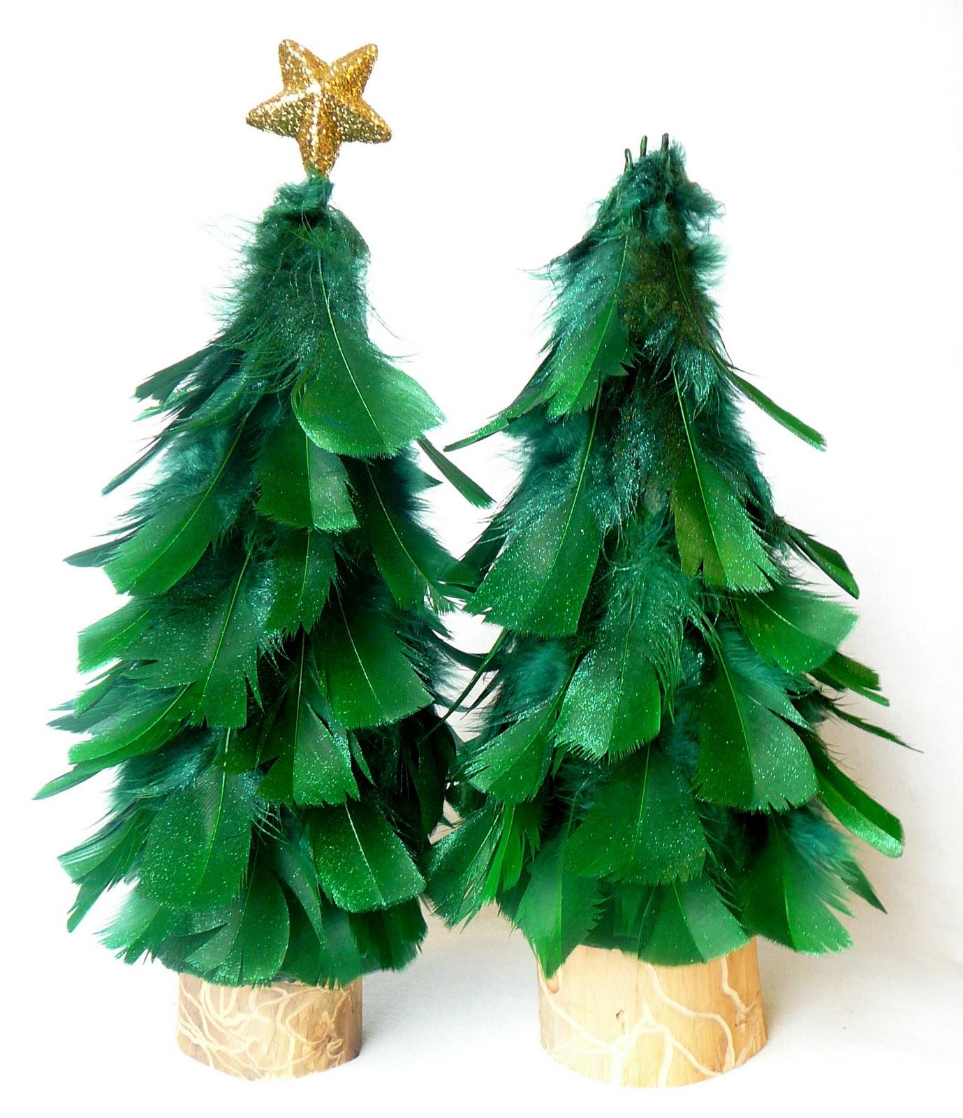 Cheistmas Trees: Rhinestone Beagle: Feather Christmas Trees