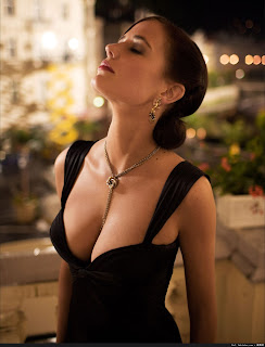 Eva Green Hot Curves