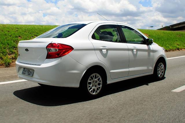 Ford volta ao grupo das quatro maiores montadoras em agosto